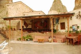 Local Cave House Otel